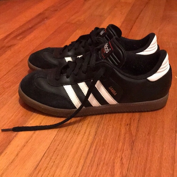 37184eb7131 adidas Shoes - Adidas Sambas men s size 6